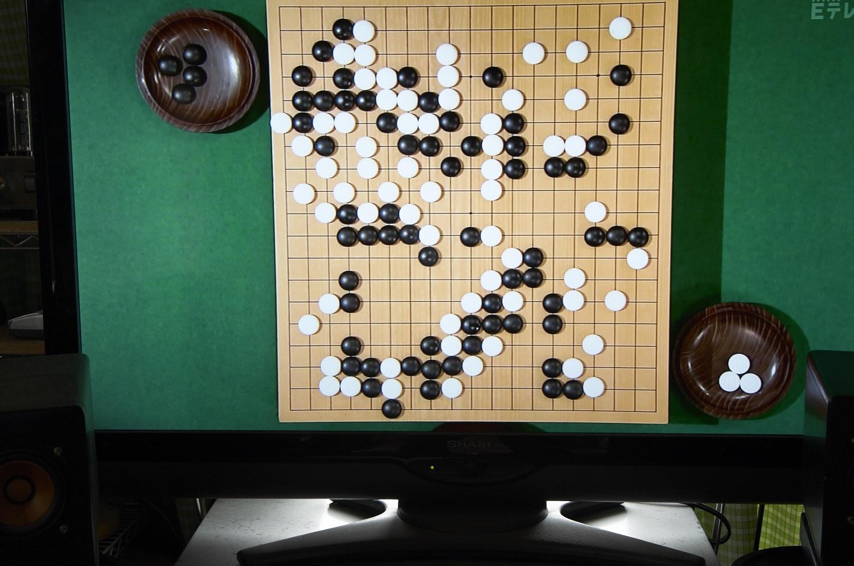 NHK杯戦の囲碁 倉橋正行九段対金沢真七段