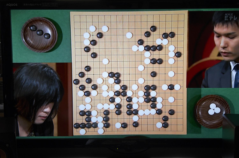 NHK杯囲碁 謝依旻女流本因坊 対 瀬戸大樹八段