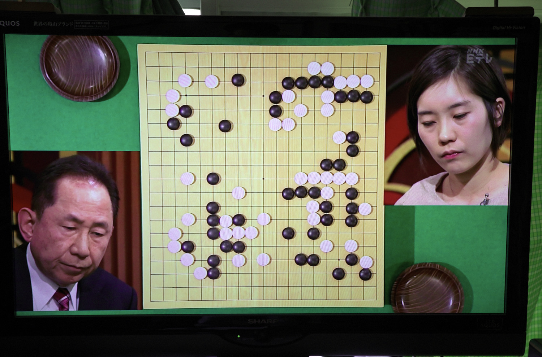NHK杯戦囲碁 淡路修三九段 対 鈴木歩七段