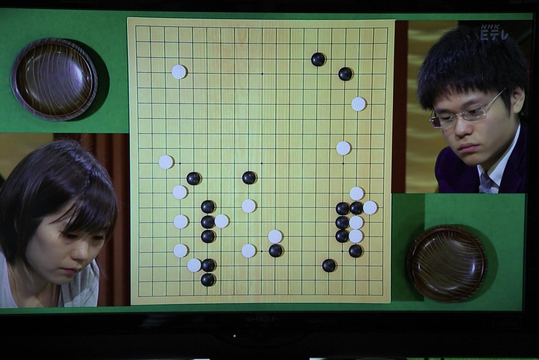 NHK杯戦囲碁 鈴木歩7段 対 余正麒7段