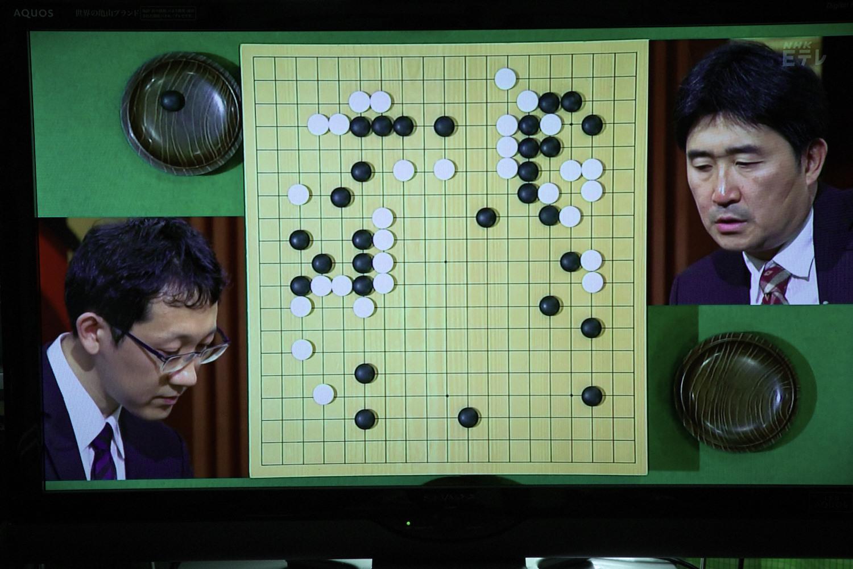 NHK杯戦囲碁 河野臨9段 対 柳時熏9段