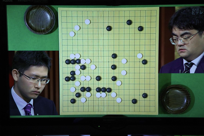 NHK杯戦囲碁 寺山怜4段 対 新垣朱武9段