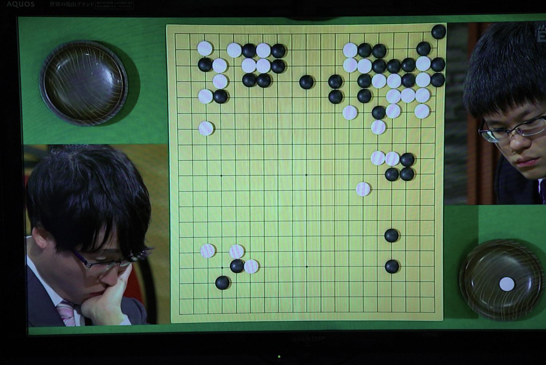 NHK杯戦囲碁 井山裕太6冠 対 余正麒7段